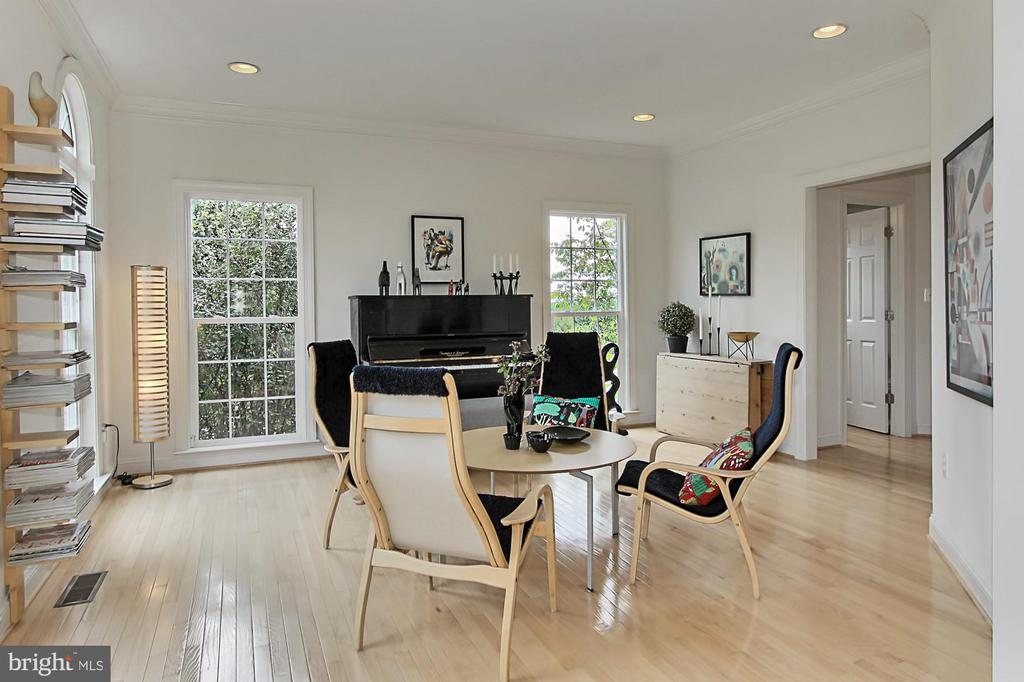 Entertaining is Easy and Enjoyed - 22478 PINE TOP CT, ASHBURN