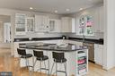 Crisp, Clean and GORGEOUS Kitchen!! - 22478 PINE TOP CT, ASHBURN