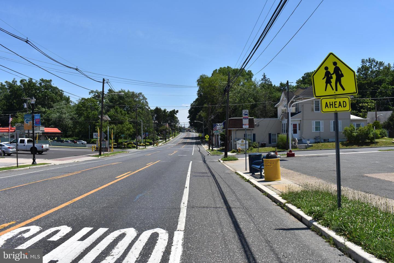 Additional photo for property listing at  Blackwood, Нью-Джерси 08012 Соединенные Штаты