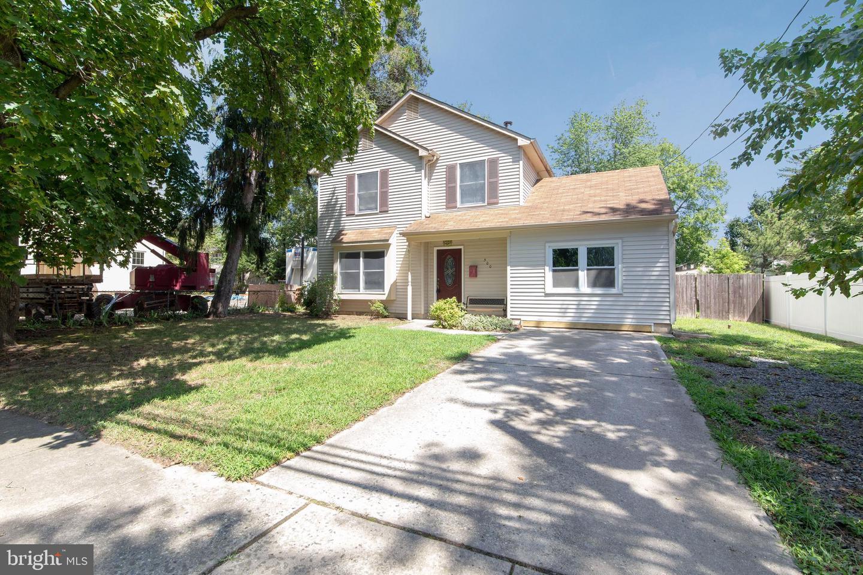 Single Family Homes pour l Vente à Laurel Springs, New Jersey 08021 États-Unis