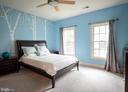 Upper level bedroom - 11624 CEDAR CHASE RD, HERNDON