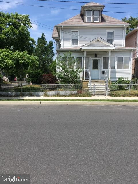 Single Family Homes para Venda às 19 N 2ND Street Pleasantville, Nova Jersey 08232 Estados Unidos
