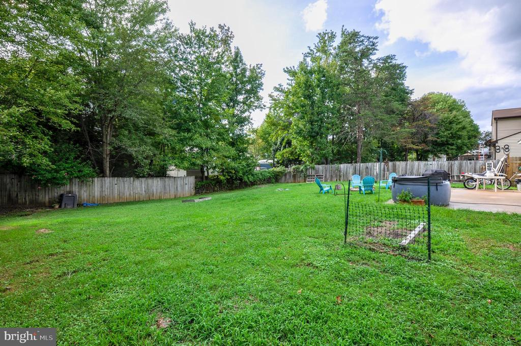 Fenced-In Backyard for Privacy - 11202 OLD LEAVELLS RD, FREDERICKSBURG