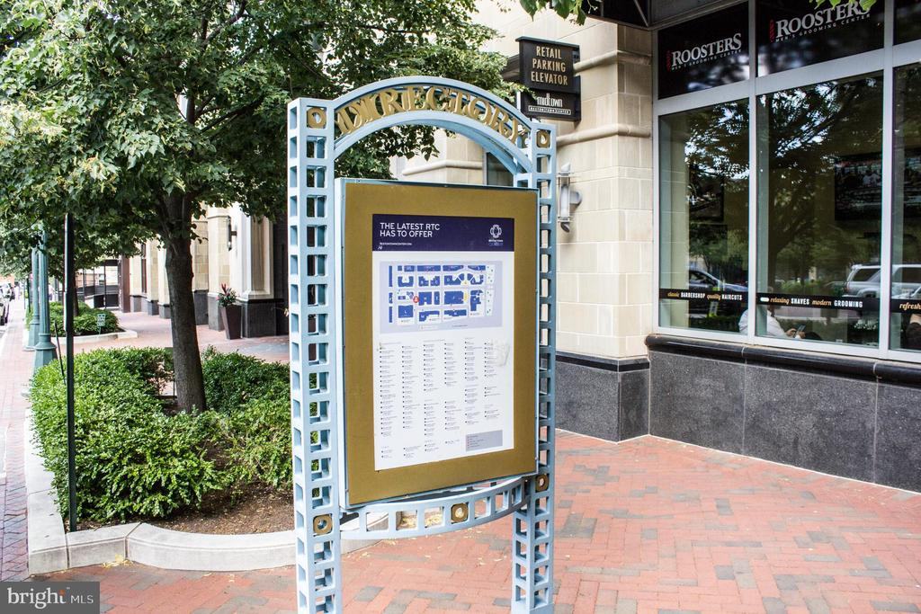 - 11990 MARKET ST #812, RESTON