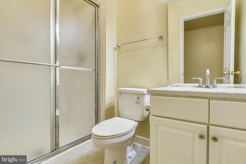 Basement Bathroom - 6540 MANET CT, WOODBRIDGE
