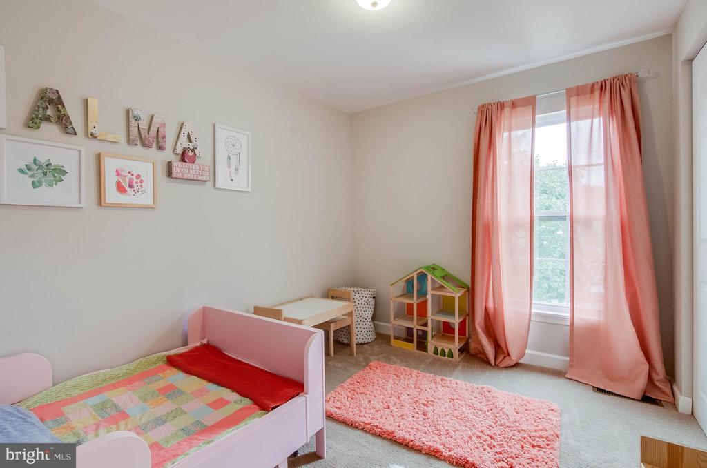 Bedroom 1 - 18209 SMOKE HOUSE CT, GERMANTOWN