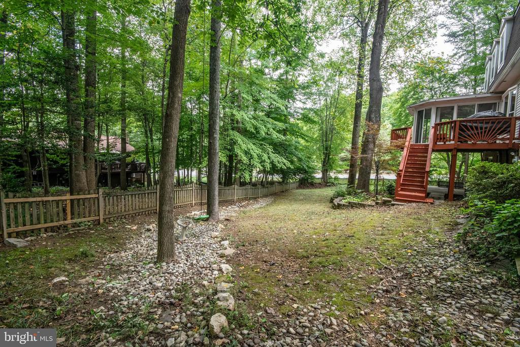 Large Shaded Yard - 4702 DUNCAN PL, DUMFRIES