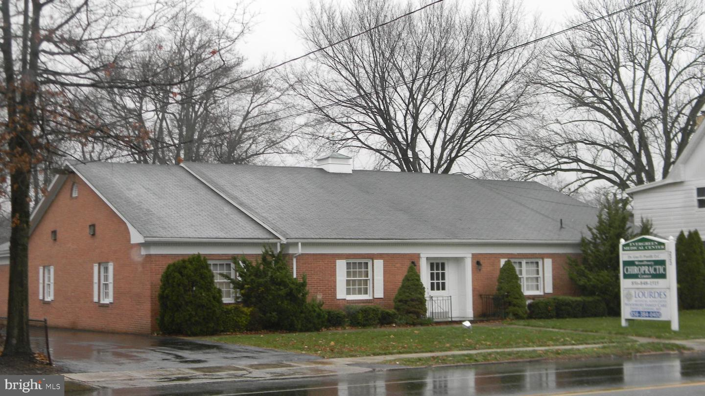 Single Family Homes για την Πώληση στο Woodbury, Νιου Τζερσεϋ 08096 Ηνωμένες Πολιτείες