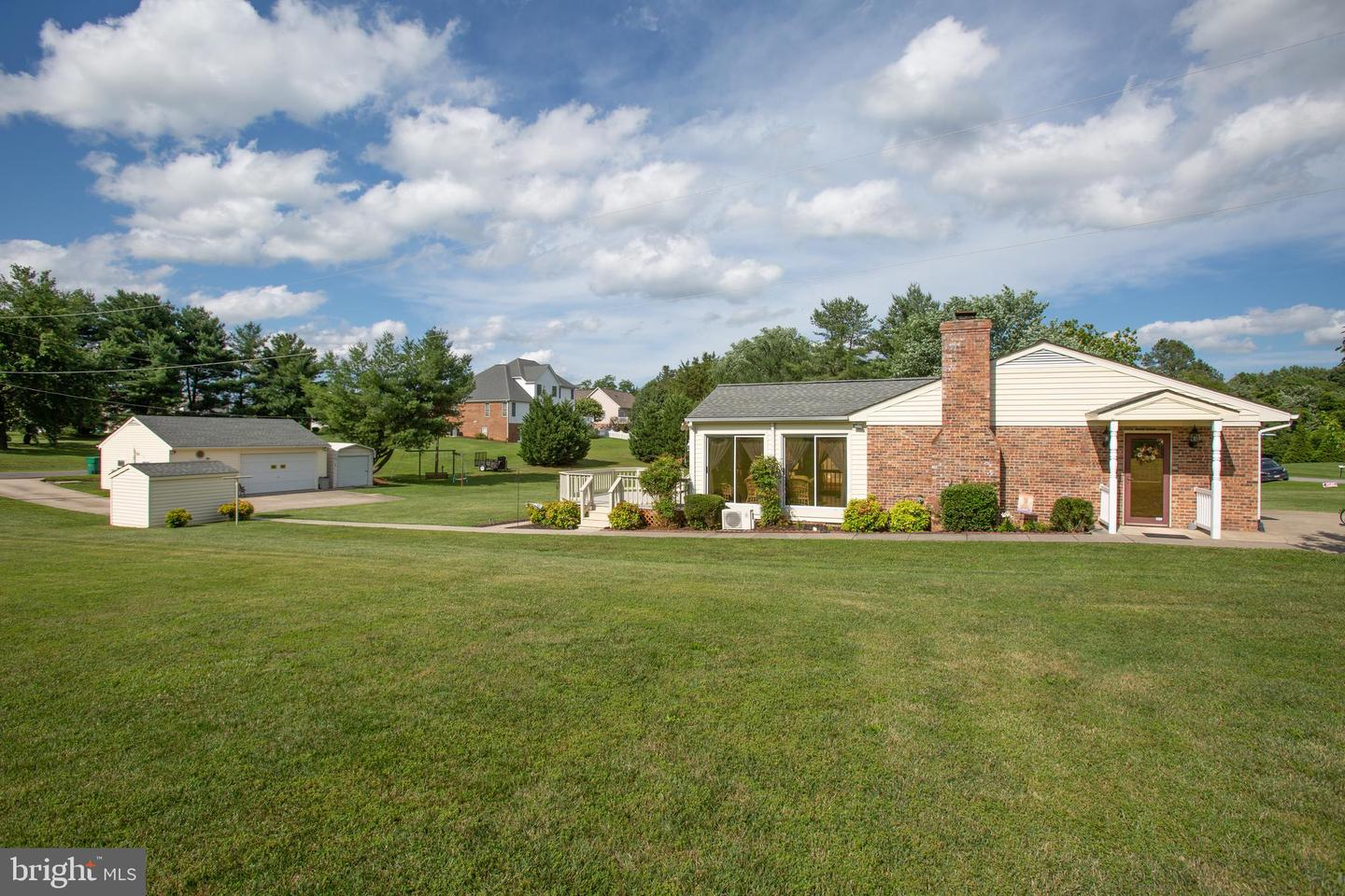 Single Family Homes for Sale at Bowling Green, Virginia 22427 United States