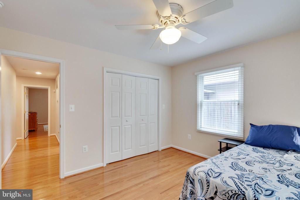 Bedroom 2 on Main Level - 522 CALVIN LN, ROCKVILLE