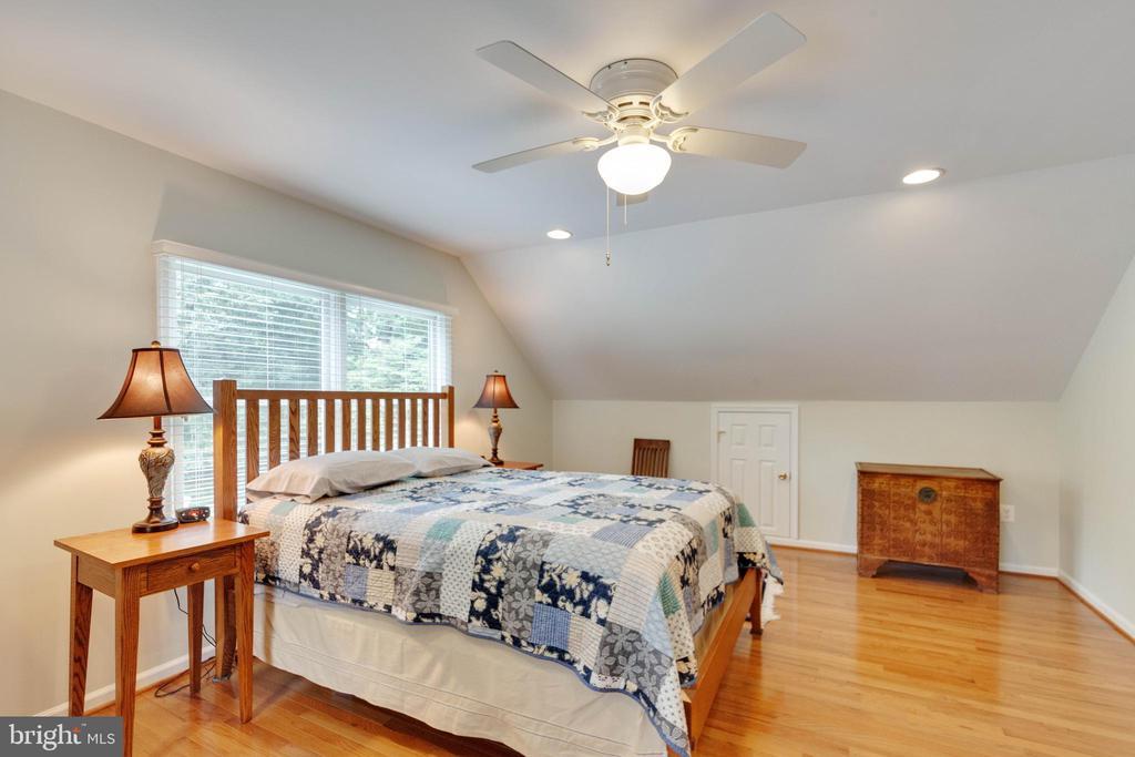 Bedroom 4 on Upper Level - 522 CALVIN LN, ROCKVILLE
