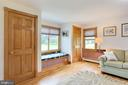 Custom window seat - 2514 POFFENBERGER RD, MIDDLETOWN