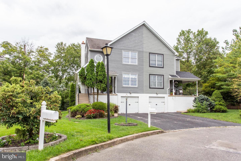 Single Family Homes للـ Sale في Ardmore, Pennsylvania 19003 United States