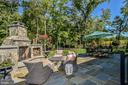 Great outdoor entertaining space! - 23059 WELBOURNE WALK CT, ASHBURN