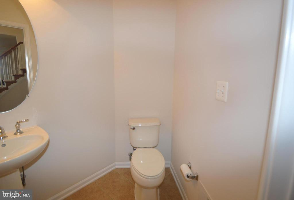 Half Bath - 42342 EQUALITY ST, CHANTILLY