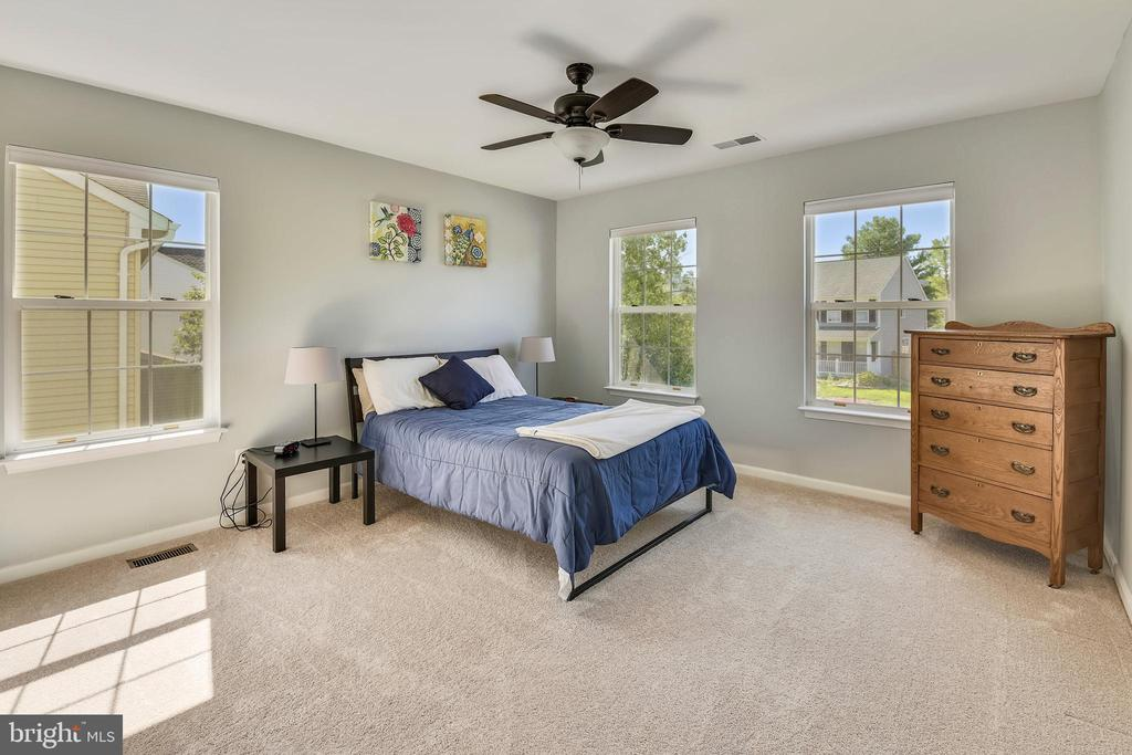 4th bedroom/ great guest room - 208 GRAFTON WAY NE, LEESBURG