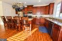 Gourmet Kitchen - 14856 MASON CREEK CIR #76, WOODBRIDGE
