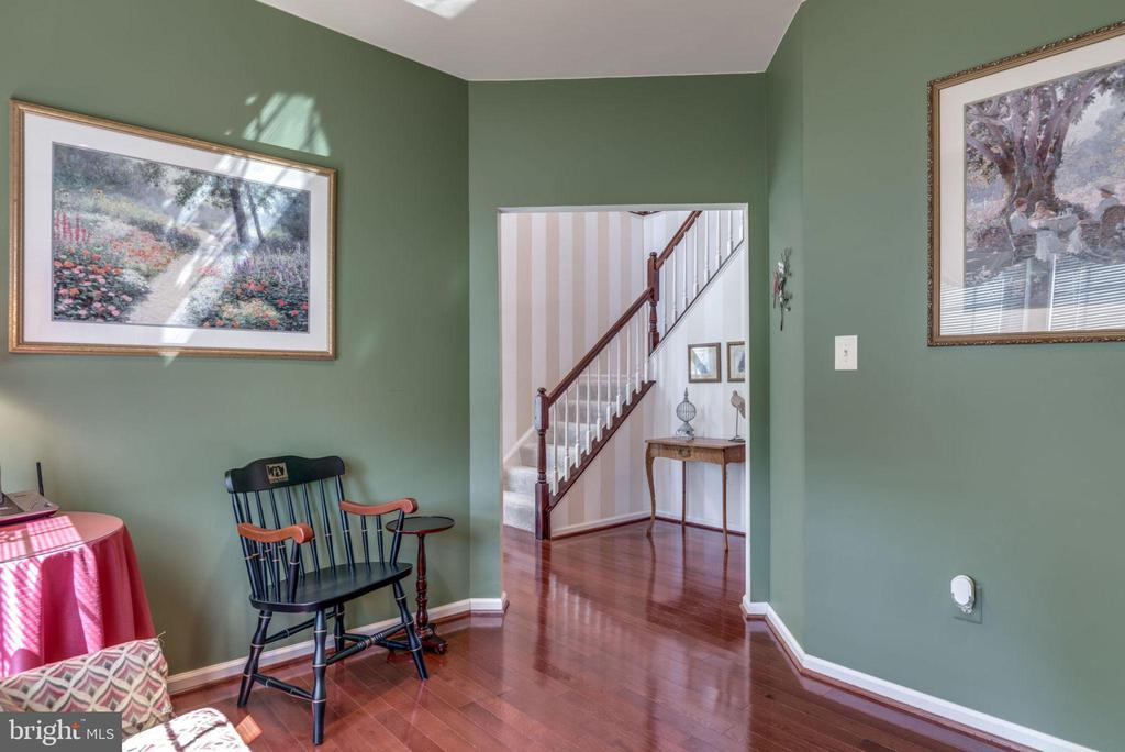 Library off Foyer! - 20650 SETTLERS POINT PL, STERLING