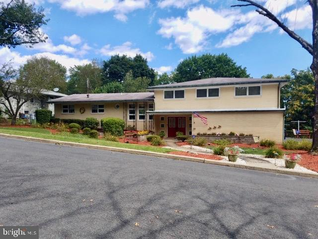 Single Family Homes for Sale at Schuylkill Haven, Pennsylvania 17972 United States