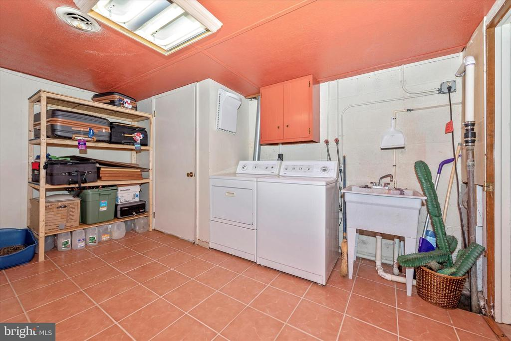 Lower Level Laundry Room - 7504 PROSPECT DR, FREDERICK