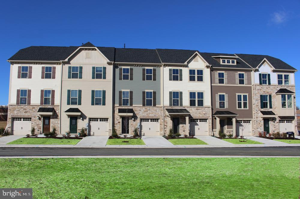Single Family Homes 용 매매 에 Windsor Mill, 메릴랜드 21244 미국