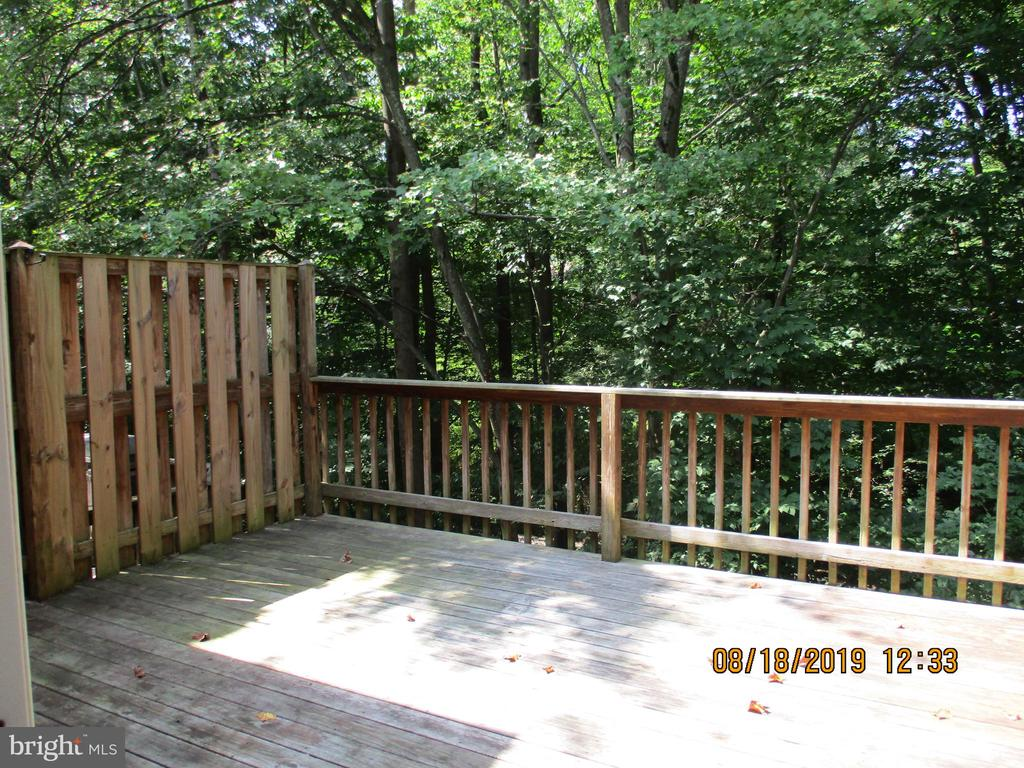 Great Deck for Entertaining - 3044 WINTER PINE CT, FAIRFAX