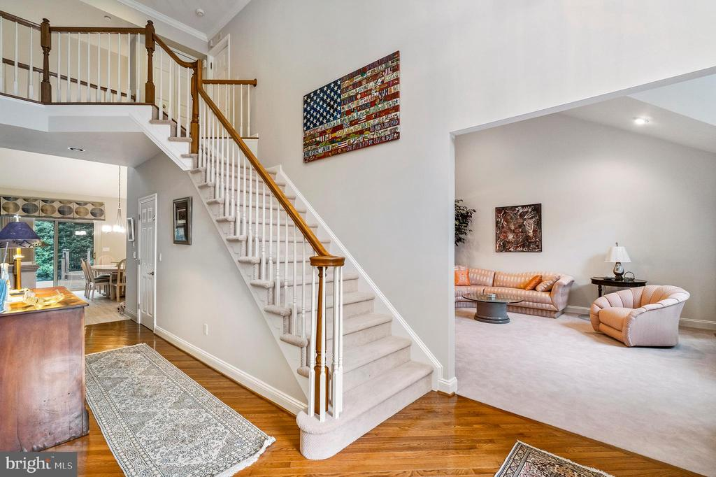 Two Story Foyer Greets You Upon Entering - 7904 STARBURST DR, BALTIMORE