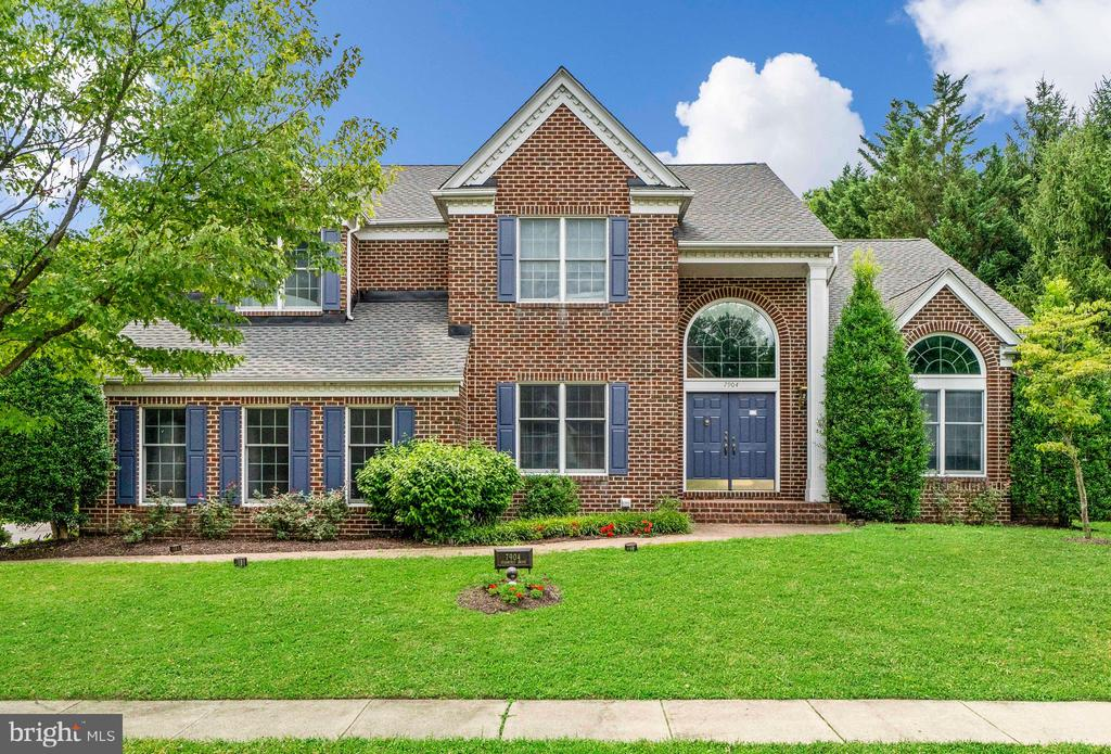 Welcome Home! - 7904 STARBURST DR, BALTIMORE