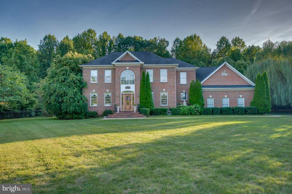 stately exterior - 132 CHRISWOOD LN, STAFFORD