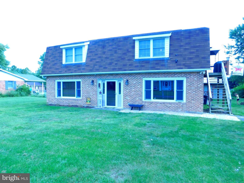 Single Family Homes のために 売買 アット Fort Ashby, ウェストバージニア 26719 アメリカ