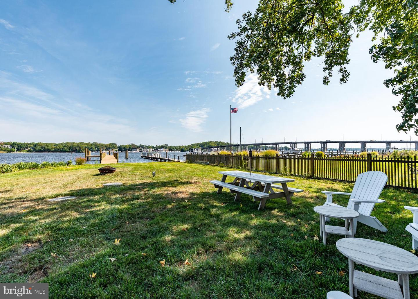 Additional photo for property listing at  Edgewater, Maryland 21037 United States