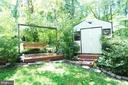 Relaxing Backyard Swing - 11107 BRADDOCK RD, FAIRFAX