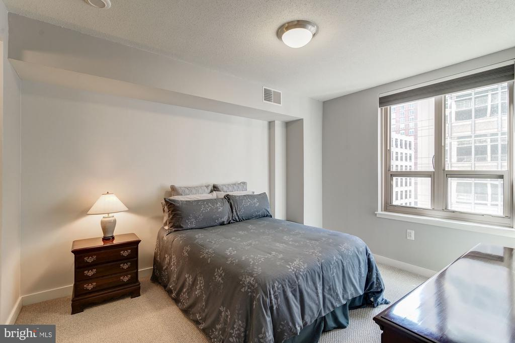 Master Bedroom - 888 N QUINCY ST #909, ARLINGTON