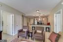 Living/Dining Space - 888 N QUINCY ST #909, ARLINGTON