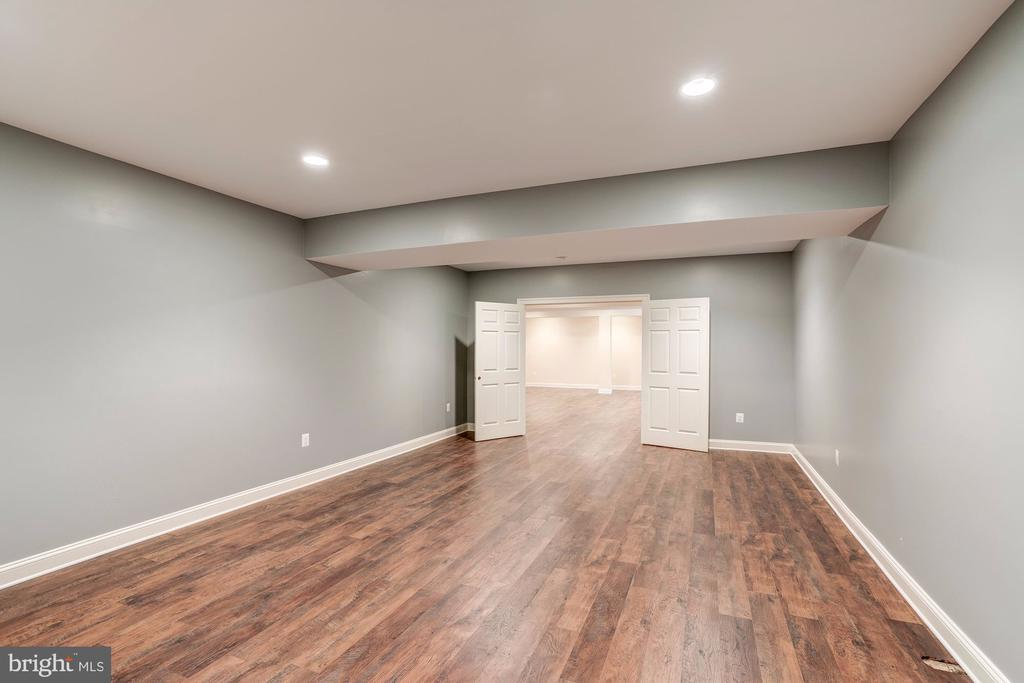 Lower Level Theater Room - 120 KINGSLEY RD SW, VIENNA