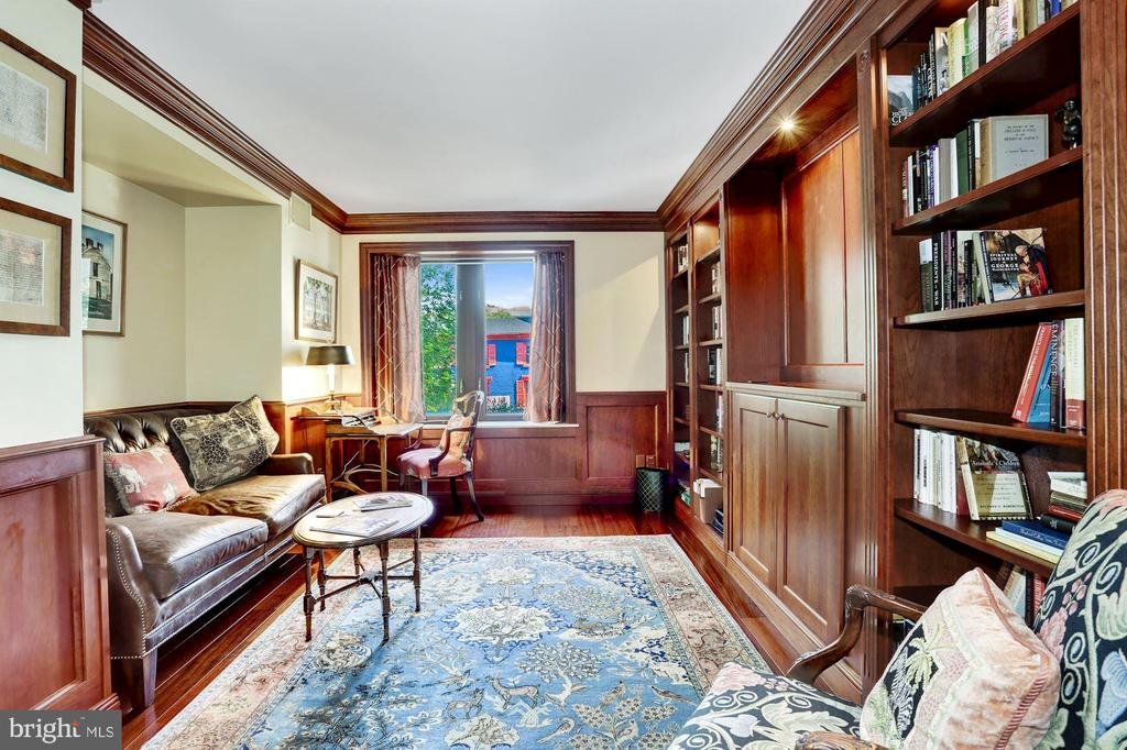 Second Bedroom/Office/Den overlooking M St NW - 1080 WISCONSIN AVE NW #103/104, WASHINGTON