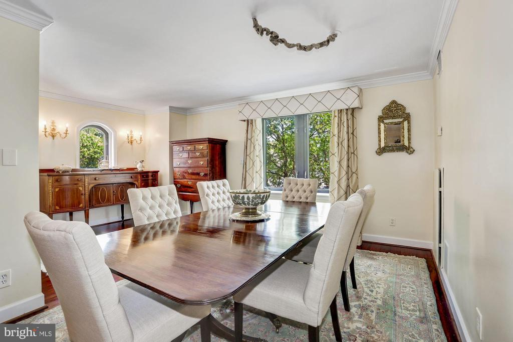 Dining Room overlooking M St NW - 1080 WISCONSIN AVE NW #103/104, WASHINGTON
