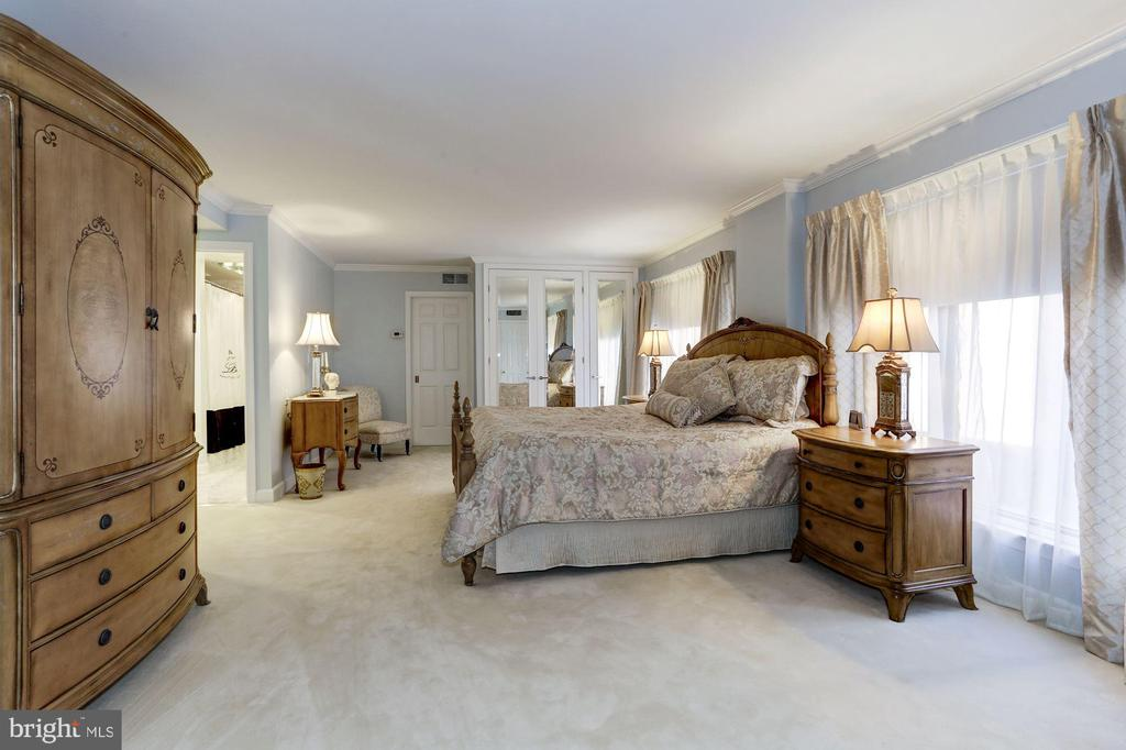 Master Bedroom with 6 closets, two are walk-in - 1080 WISCONSIN AVE NW #103/104, WASHINGTON