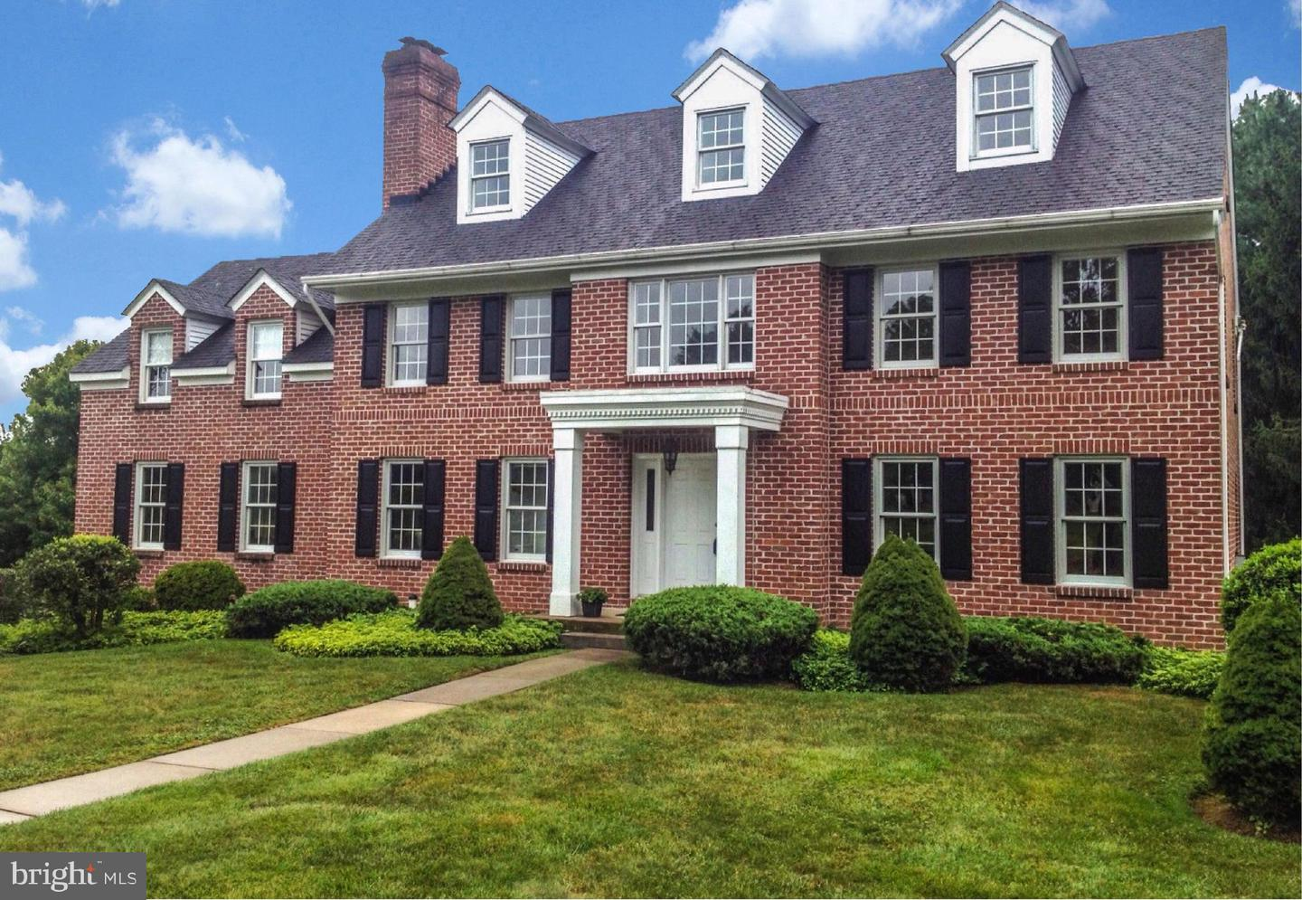 Single Family Homes for Sale at Allentown, Pennsylvania 18103 United States