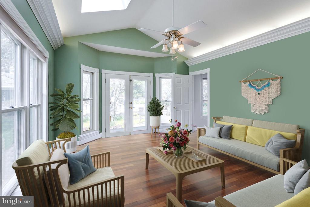 Sunroom with Skylights & Cathedral Ceiling. - 10114 LAWYERS RD, VIENNA
