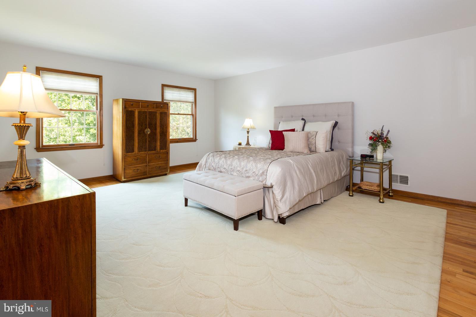 Master Bedroom w/ Hardwood Floors & Walk-In Closet