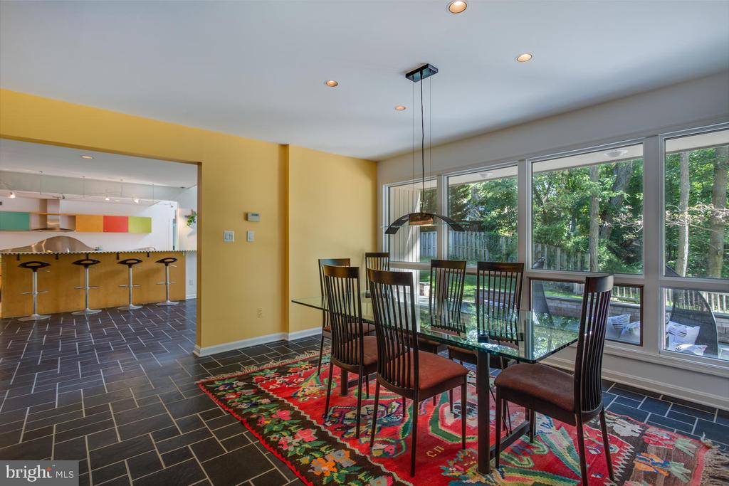 Formal Dining - 8518 OLD DOMINION DR, MCLEAN