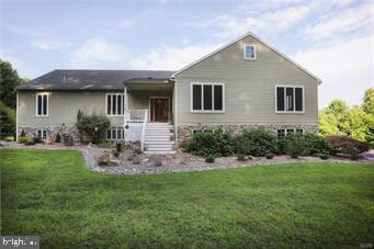 Single Family Homes للـ Sale في Bechtelsville, Pennsylvania 19505 United States
