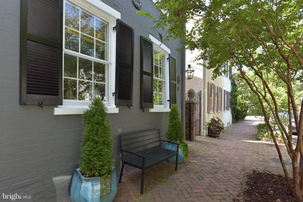 Fabulous historic home on Wolfe Street - 214 WOLFE ST, ALEXANDRIA