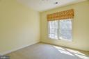 This front bedroom gets plenty of light - 7428 SPRING SUMMIT RD, SPRINGFIELD