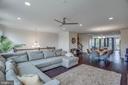 Stunning Open Floor Plan - 23384 NANTUCKET FOG TER, BRAMBLETON