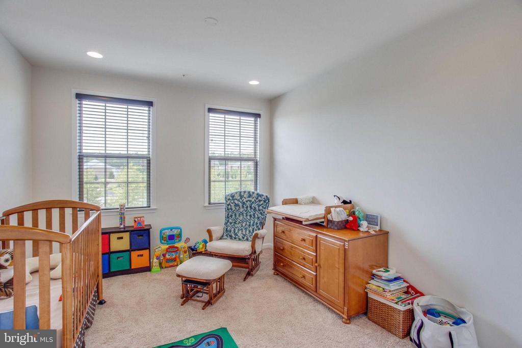 Third Bedroom with Recessed Lighting - 23384 NANTUCKET FOG TER, BRAMBLETON