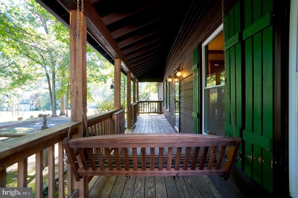 Porch has Double Door Gate - 3029 MEDITERRANEAN DR, STAFFORD