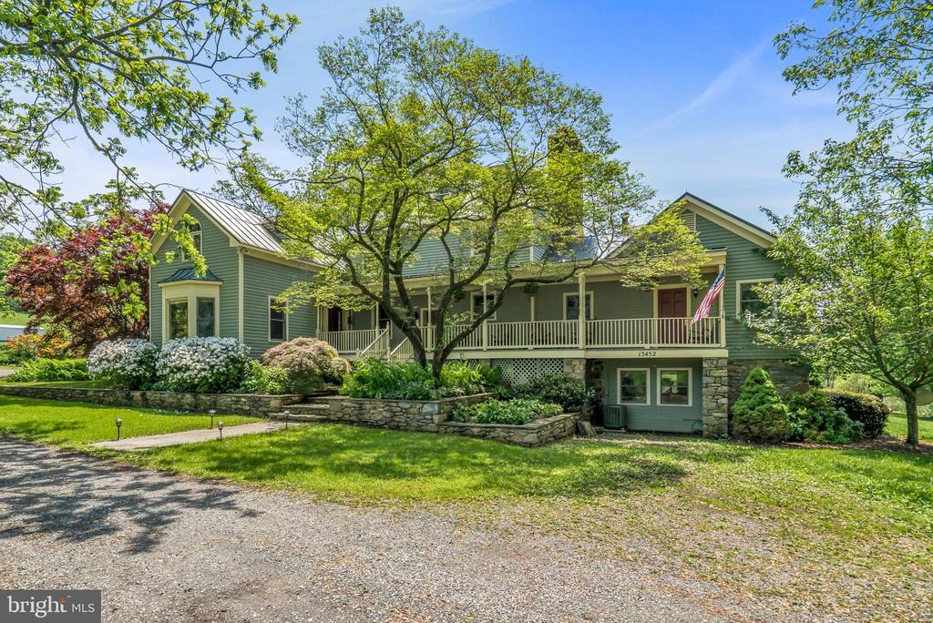 Welcome Home to 13452 Harpers Ferry Rd. - 13452 HARPERS FERRY RD, HILLSBORO