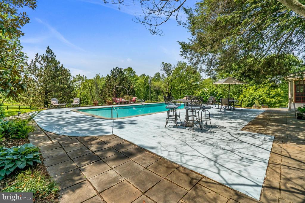 In-ground Swimming Pool with Large Decking - 13452 HARPERS FERRY RD, HILLSBORO